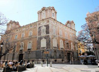 bezienswaardigheden-valencia-museum-Museo-Nacional-de-Cerámica-palacio-del-marques-de-dos-aguas-keramiekmuseum