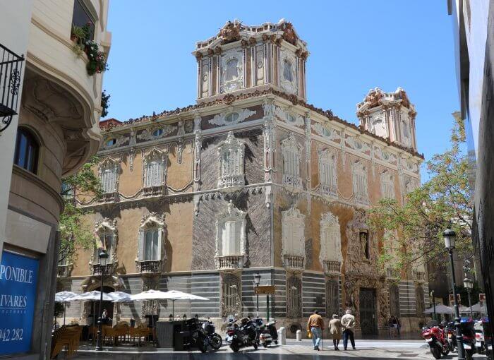 Museo-Nacional-de-Cerámica-valencia