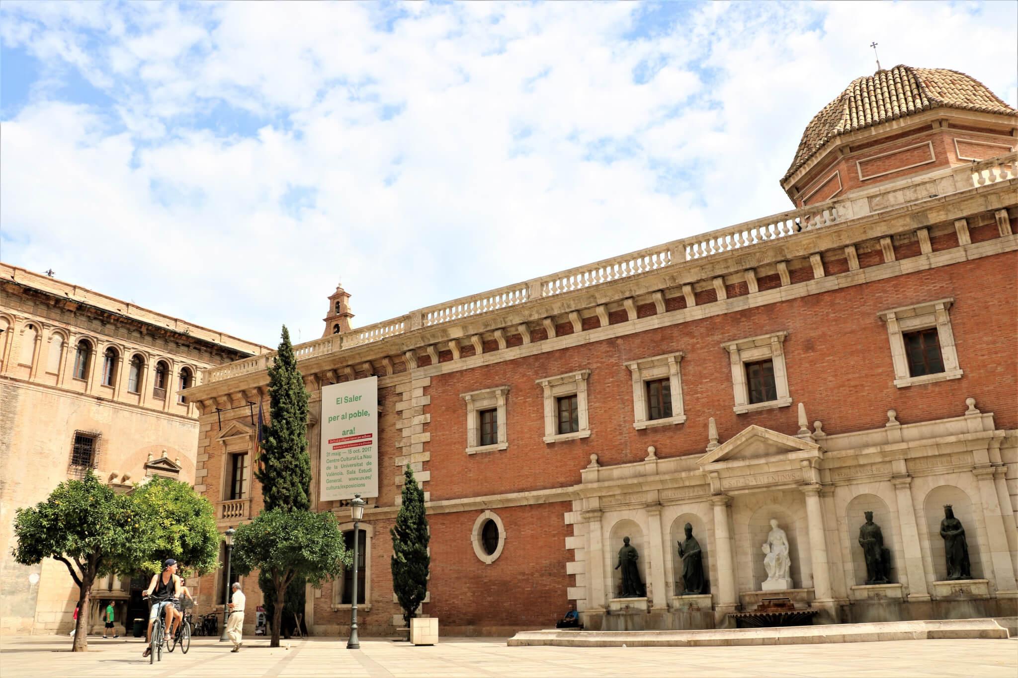 plaza-del-patriarca