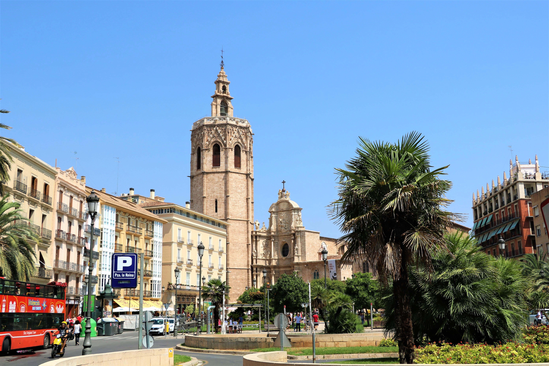 plaza-de-la-reina-Valencia-pleinen